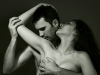 How to Woo and Seduce a Woman by Zodiac Sign