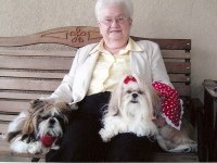 Reduce Unease in Seniors: Try Pet Therapy for Anxiety