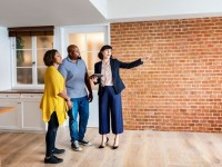 How to Find a Property Manager for Your Rental House