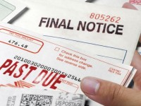 How Can a Late Payment Affect Your Credit Report?