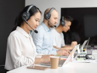 CRM VS Call Center Software: How Are They Different?