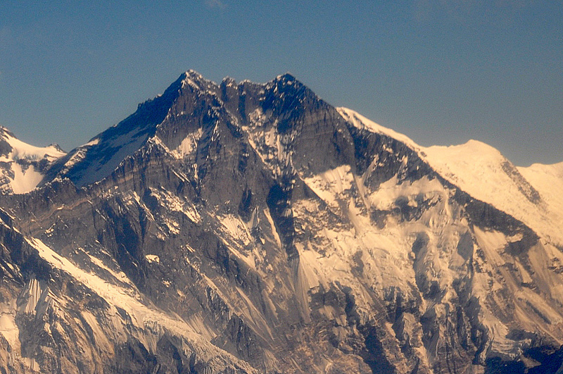 Lhotse-Himalayas