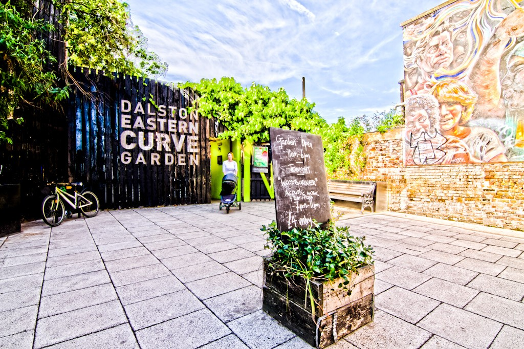 The Eastern Curve Garden – A Quiet, Secret Oasis of Greenery in Dalston, London
