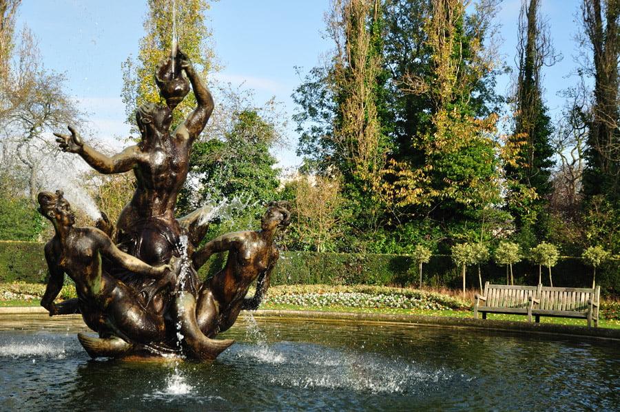 regents-park statue