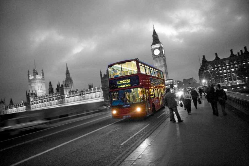 london bus black and white