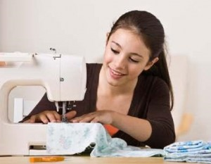 Teaching your child to use the sewing machine_1
