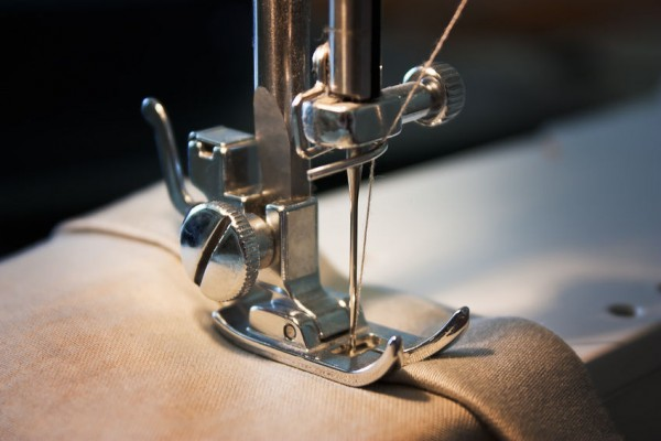 Teaching your child to use the sewing machine_2